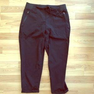 Eddie Bauer Active Capris Cropped Pants